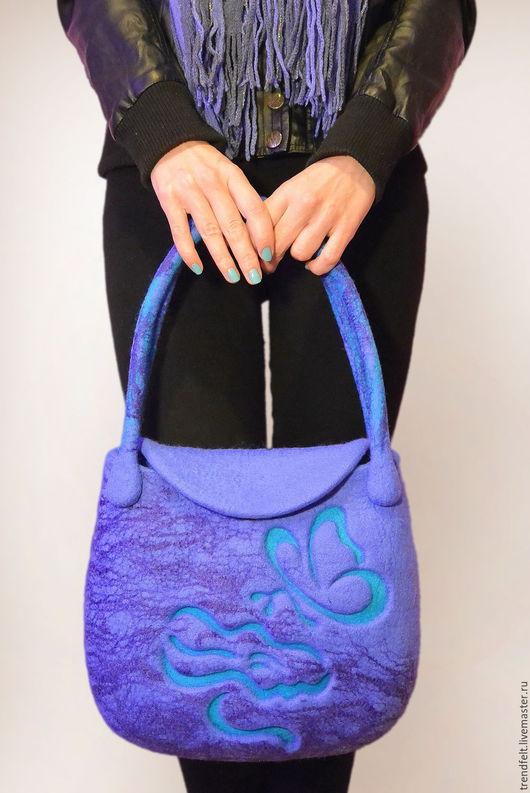 """Женские сумки ручной работы. Ярмарка Мастеров - ручная работа. Купить Сумка валяная """"Мира"""", валяная сумка синяя. Handmade."""