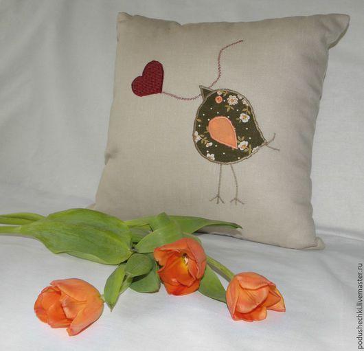 """Текстиль, ковры ручной работы. Ярмарка Мастеров - ручная работа. Купить Льняная подушка """"Птичка"""". Handmade. Бежевый, птица, для фотосессии"""
