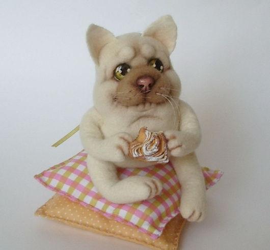 """Игрушки животные, ручной работы. Ярмарка Мастеров - ручная работа. Купить Кот """"Гурман"""".. Handmade. Мокрое валяние, коты, лак"""