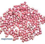 Материалы для творчества ручной работы. Ярмарка Мастеров - ручная работа 10гр 11/0 Бисер Тохо треугольник 553F винтаж роза японский бисер TOHO. Handmade.