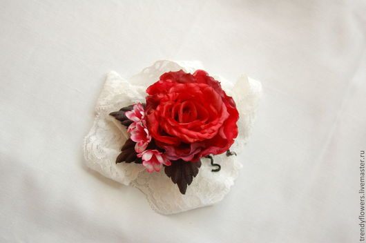 Шелковая роза. Брошь. Цветы из шелка