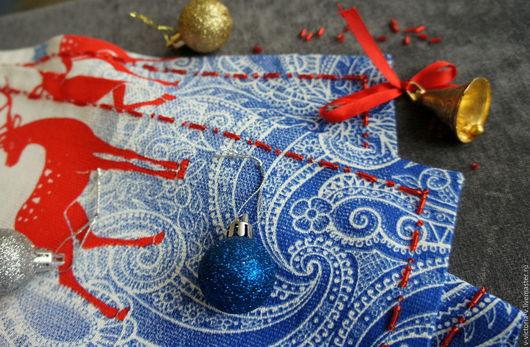 """Текстиль, ковры ручной работы. Ярмарка Мастеров - ручная работа. Купить Скатерть """" Новогодняя"""". Handmade. Скатерть ручной работы"""