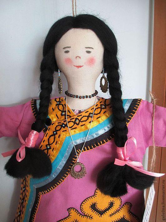 Персональные подарки ручной работы. Ярмарка Мастеров - ручная работа. Купить Кукла-пакетница Дальневосточница. Handmade. Кукла-пакетница, карманчики