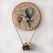 """Для дома и интерьера ручной работы. Ярмарка Мастеров - ручная работа Часы настенные  """"Путешественники на шаре"""". Handmade."""