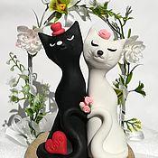 Свадебный салон ручной работы. Ярмарка Мастеров - ручная работа Коты влюбленные фигурка для свадебного торта. Handmade.