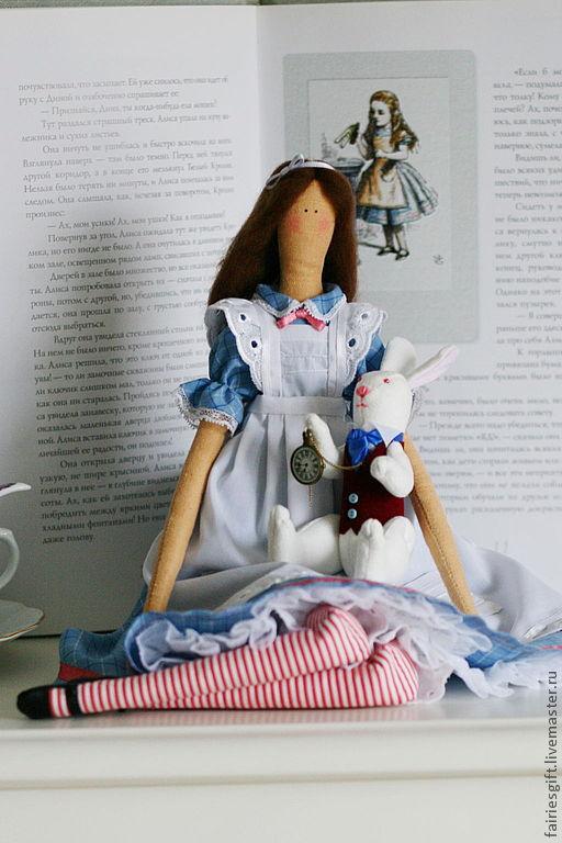 Куклы Тильды ручной работы. Ярмарка Мастеров - ручная работа. Купить Алиса. Handmade. Голубой, кукла интерьерная, подарок дочке