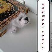 Материалы для творчества ручной работы. Ярмарка Мастеров - ручная работа Мастер-класс по закладке-медвежонку (описание вязания). Handmade.