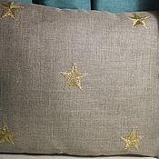 Для дома и интерьера ручной работы. Ярмарка Мастеров - ручная работа Льняная наволочка с вышитыми звездами. Handmade.