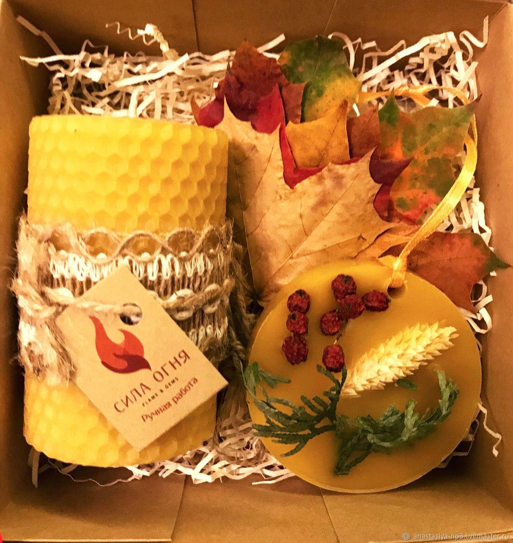 Подарочные наборы свечей из вощины и флорентийских саше, Подарочные боксы, Москва,  Фото №1