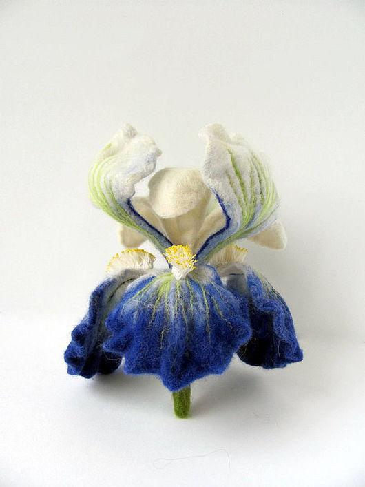 """Броши ручной работы. Ярмарка Мастеров - ручная работа. Купить Брошь """"Iris Fiorentino"""". Handmade. Брошь-цветок, оригинальный подарок"""