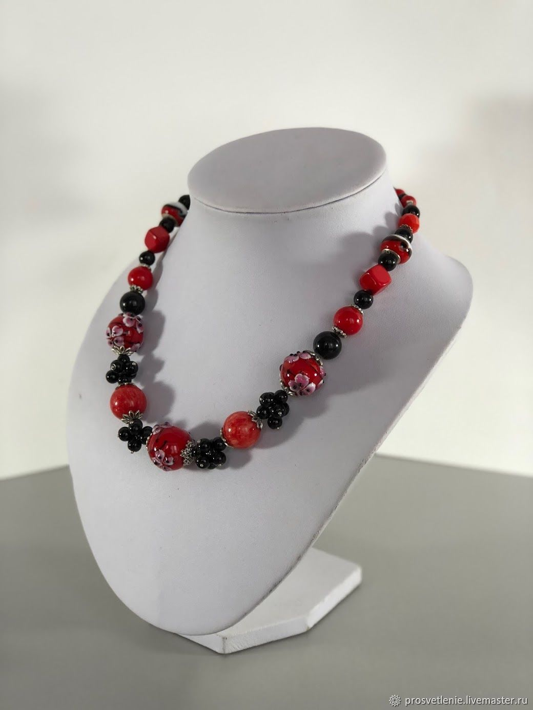 Short choker necklace of red coral, original red beads, Necklace, Voronezh,  Фото №1