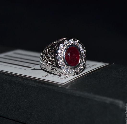 Кольца ручной работы. Ярмарка Мастеров - ручная работа. Купить Кольцо с натуральным рубином. Handmade. Бордовый, подарок