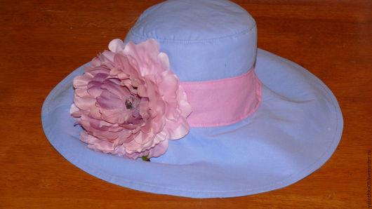 Панамы ручной работы. Ярмарка Мастеров - ручная работа. Купить Голубая шляпка с розовой полосой и розовым пионом. Handmade. Голубой