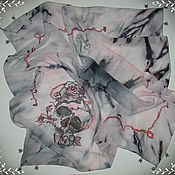 """Аксессуары ручной работы. Ярмарка Мастеров - ручная работа Шелковый платок """"Любовь и смерть"""" батик. Handmade."""