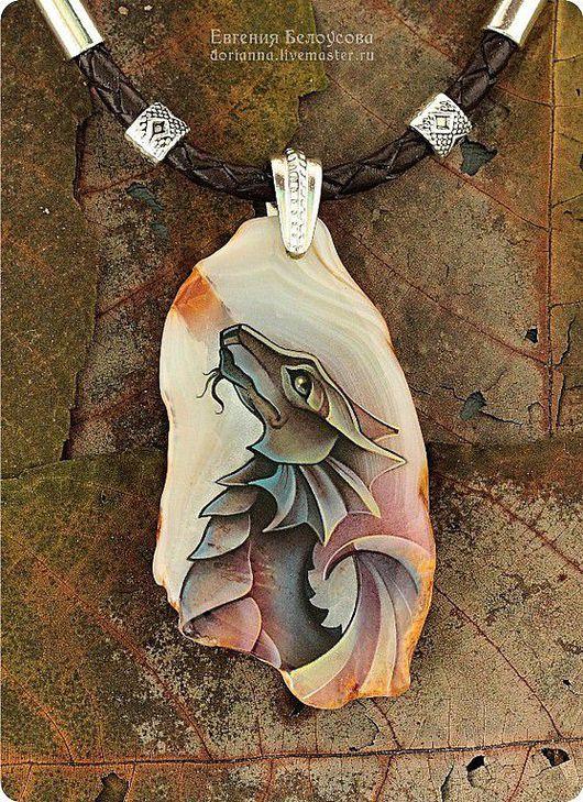 """Кулоны, подвески ручной работы. Ярмарка Мастеров - ручная работа. Купить Кулон с росписью """"Дракон"""" (серебро 925, агат, лаковая миниатюра). Handmade."""