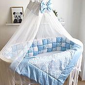 Для дома и интерьера ручной работы. Ярмарка Мастеров - ручная работа Комплект в кроватку для мальчика. Бортики-бомбон для круглой кроватки. Handmade.