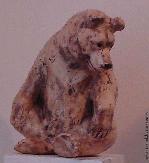 """Статуэтки ручной работы. Ярмарка Мастеров - ручная работа. Купить Керамика. Скульптура """"Медведь"""".. Handmade. Интерьерная керамика, животные, скульптура"""