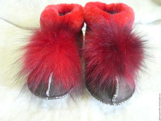 Обувь ручной работы. Ярмарка Мастеров - ручная работа. Купить Женская домашняя обувь. Handmade. Ярко-красный, домашняя обувь