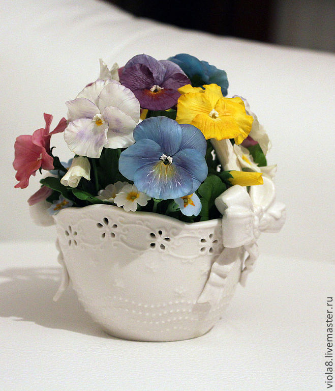 Pansy polymer clay. Viola. Flowers and decorations Zarifa Pirogova. 