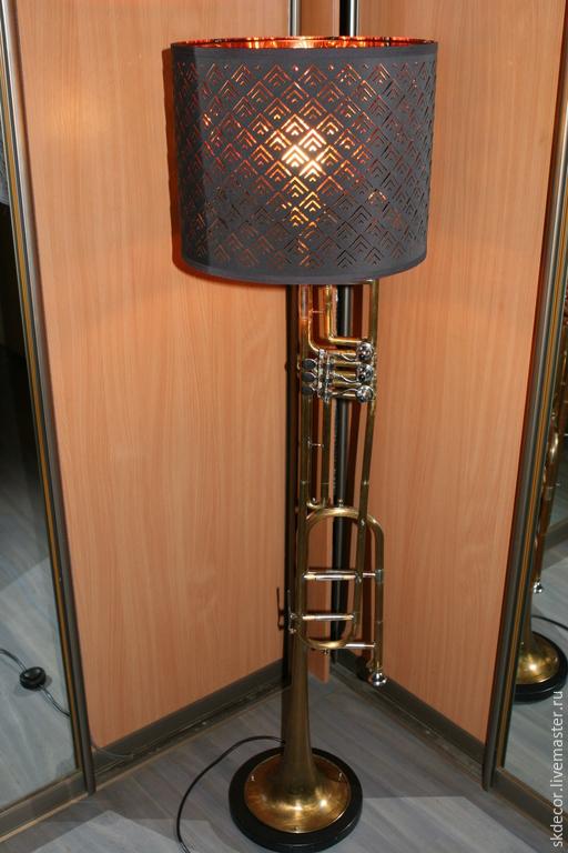 Освещение ручной работы. Ярмарка Мастеров - ручная работа. Купить Торшер тромбон. Handmade. Торшер, люстра