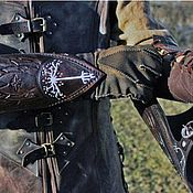 Субкультуры handmade. Livemaster - original item Aragorn`s leather gloves from the world of the Lord of the rings. Handmade.