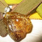 """Украшения ручной работы. Ярмарка Мастеров - ручная работа Янтарь Кулон на шелковой ленте """"Здравствуй, Осень!"""" натуральный янтарь. Handmade."""