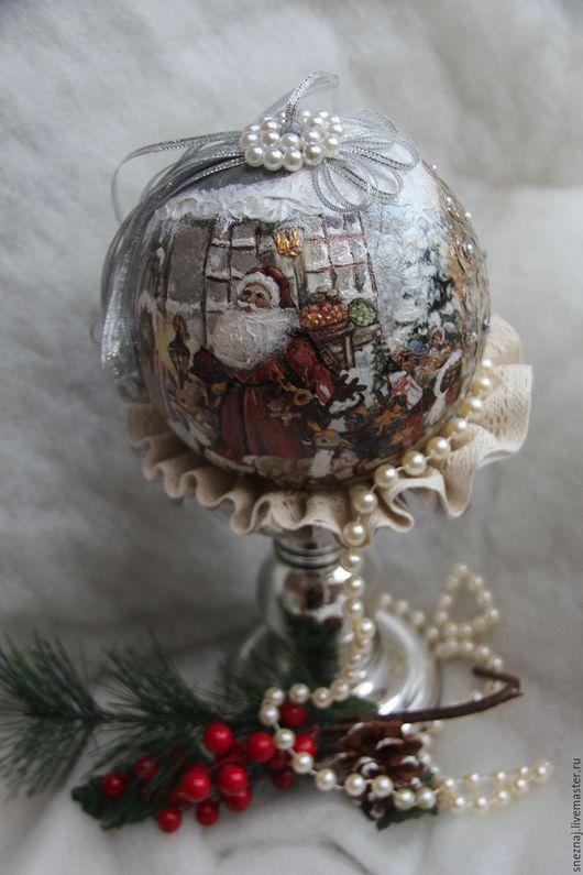 """Подвески ручной работы. Ярмарка Мастеров - ручная работа. Купить Интерьерный большой новогодний шар """"Спешу с подарками"""". Handmade. Дед мороз"""