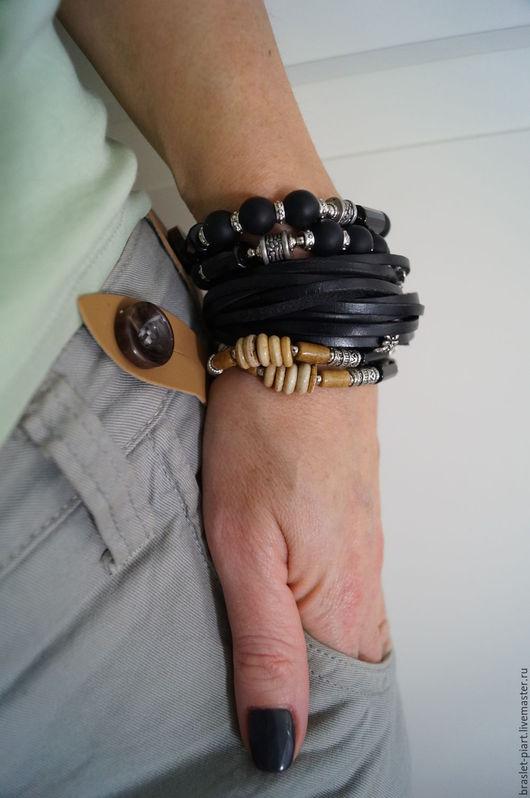 """Украшения для мужчин, ручной работы. Ярмарка Мастеров - ручная работа. Купить Комплект браслетов """" Темный Этник-2"""" из агата кости и кожи.. Handmade."""