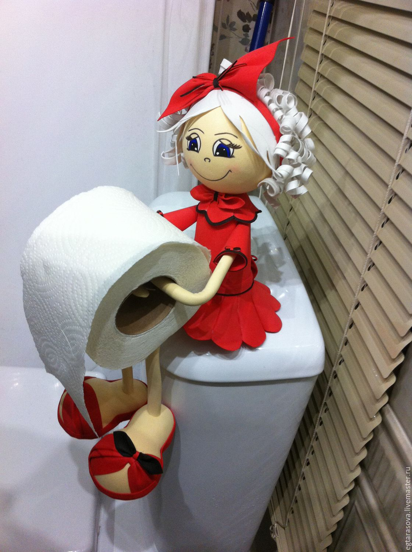 Кукла-держатель для туалетной бумаги