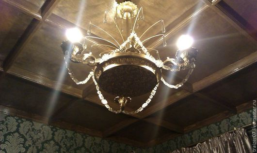 Отреставрированный вариант светильника сталинских времен
