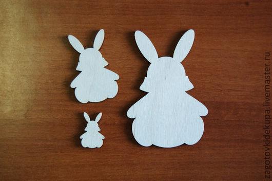 Зайчики (в наборе 3 штуки) Размеры: 10х7 см, 6х4 см, 3х2 см Материал: фанера 3 мм