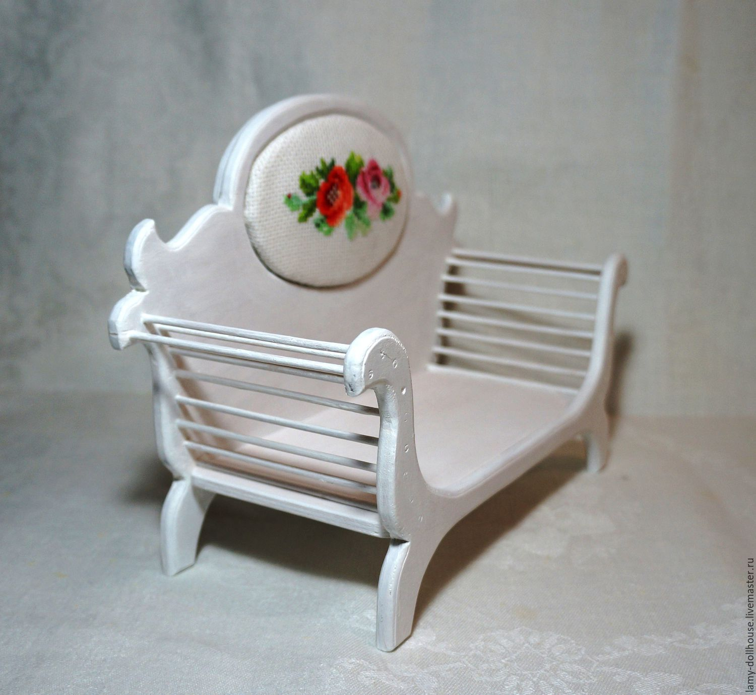 Sofa with embroidery for doll, Doll furniture, Moscow,  Фото №1