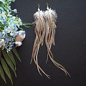 Украшения ручной работы. Ярмарка Мастеров - ручная работа Белый песок - бежевые серьги с перьями в стиле бохо. Handmade.