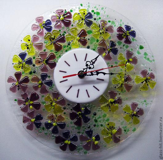 """Часы """" Анютины глазки"""". Стекло. Фьюзинг. Часы настенные, украшение вашего интерьера."""