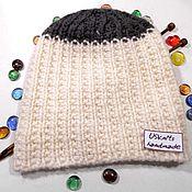 Аксессуары ручной работы. Ярмарка Мастеров - ручная работа Вязаная двухцветная шапка-бини или шапка с отворотом. Handmade.
