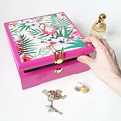 Для дома и интерьера ручной работы. Ярмарка Мастеров - ручная работа Шкатулка на заказ для украшений с отделениями Pink Flamingo. Handmade.