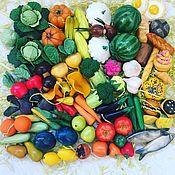 Кукольная еда ручной работы. Ярмарка Мастеров - ручная работа Овощи и фрукты из полимерной глины. Handmade.