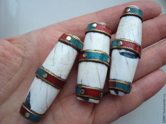 Для украшений ручной работы. Ярмарка Мастеров - ручная работа. Купить Тибетские  бусины и подвески. Handmade. Белый, бирюза