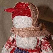 """Народная кукла ручной работы. Ярмарка Мастеров - ручная работа Тряпичная кукла в народной стилистике """"Ангел дома моего"""". Handmade."""