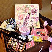 Подарки к праздникам ручной работы. Ярмарка Мастеров - ручная работа Подарок в коробке. Handmade.