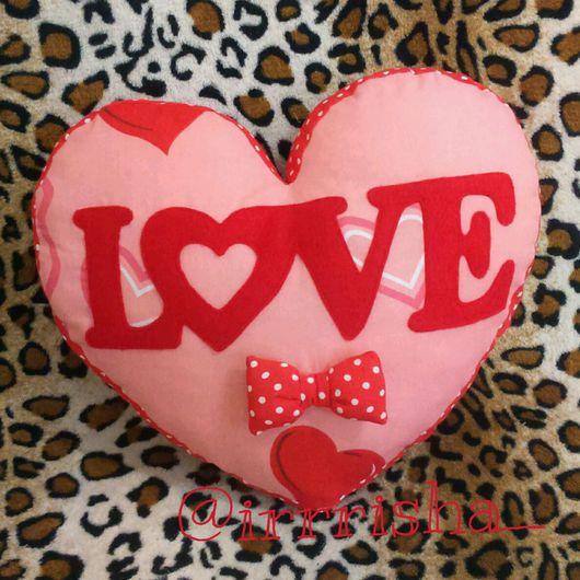 Подарки для влюбленных ручной работы. Ярмарка Мастеров - ручная работа. Купить Подушка сердце Love. Handmade. Подушка, сердце