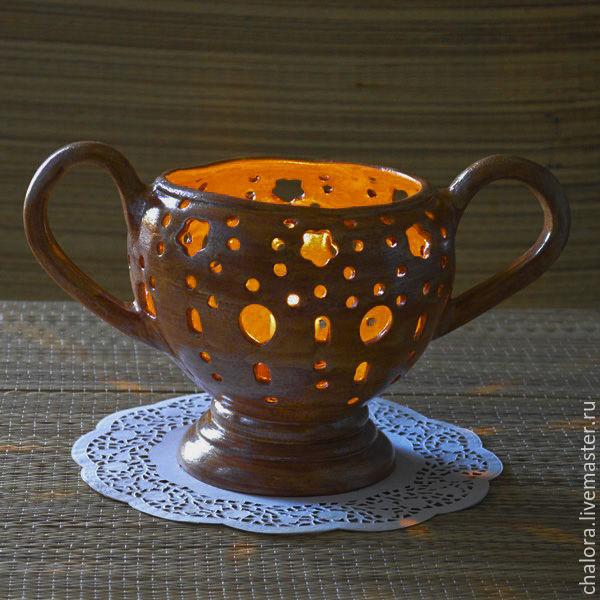 Резной настольный керамический подсвечник `Пиррос` - гончарная керамика ручной работы Новиковой Ирины