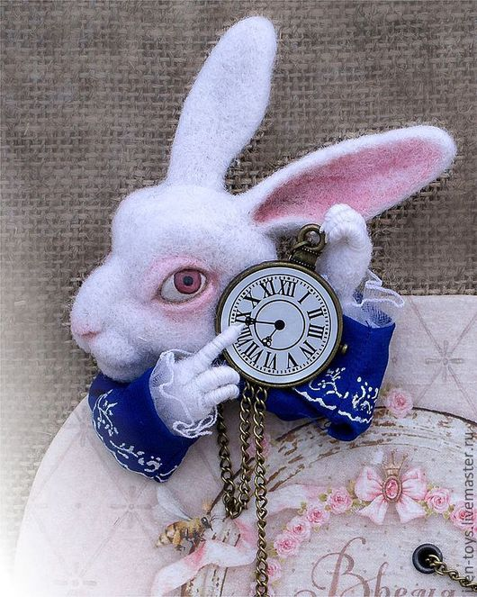 """Броши ручной работы. Ярмарка Мастеров - ручная работа. Купить """"Белый кролик"""". Handmade. Белый, чаепитие, акрил, рюши"""