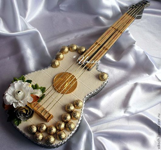 Персональные подарки ручной работы. Ярмарка Мастеров - ручная работа. Купить Гитара. Handmade. Сладкий подарок, подарок женщине