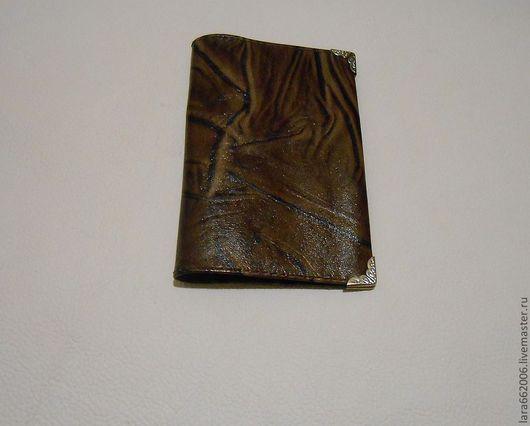 Обложки ручной работы. Ярмарка Мастеров - ручная работа. Купить Обложка на паспорт из натуральной кожи. Handmade. Коричневый, обложка из кожи