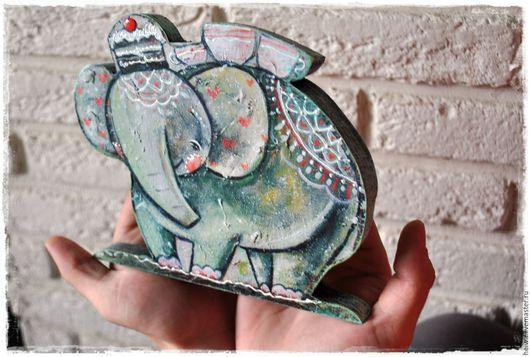 """Игрушки животные, ручной работы. Ярмарка Мастеров - ручная работа. Купить Деревянная фигурка """"Десерт"""". Handmade. Кремовый, розовый, слон"""