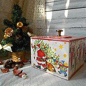 """Подарки к праздникам ручной работы. Ярмарка Мастеров - ручная работа """"Веселый Санта"""" - новогодний короб для подарков для игрушек новый год. Handmade."""