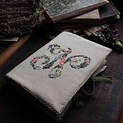 """Канцелярские товары ручной работы. Ярмарка Мастеров - ручная работа Блокнот со съемной обложкой """"Цветочные монограммы"""". Handmade."""