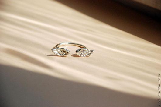 """Кольца ручной работы. Ярмарка Мастеров - ручная работа. Купить Кольцо """"Крылья"""". Handmade. Серебряное кольцо, кольцо с крыльями"""