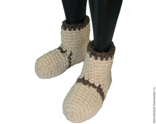 Обувь ручной работы. Ярмарка Мастеров - ручная работа. Купить Чуни из 100% овечьей шерсти вязаные - белые. Handmade. Чуни